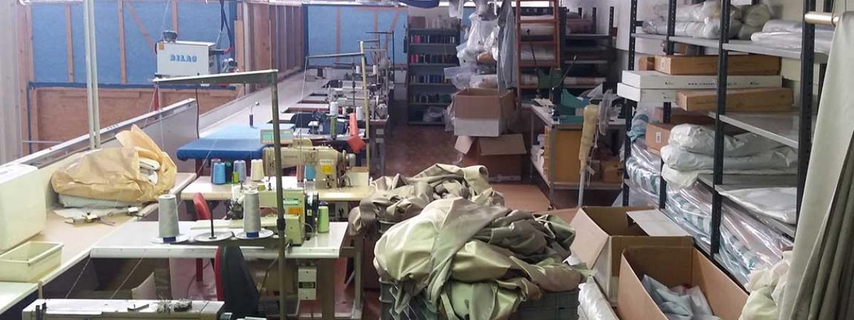 produzione-artigianale-tende-tendaggi-pesaro